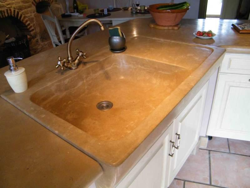 Cuisine vasque en pierre